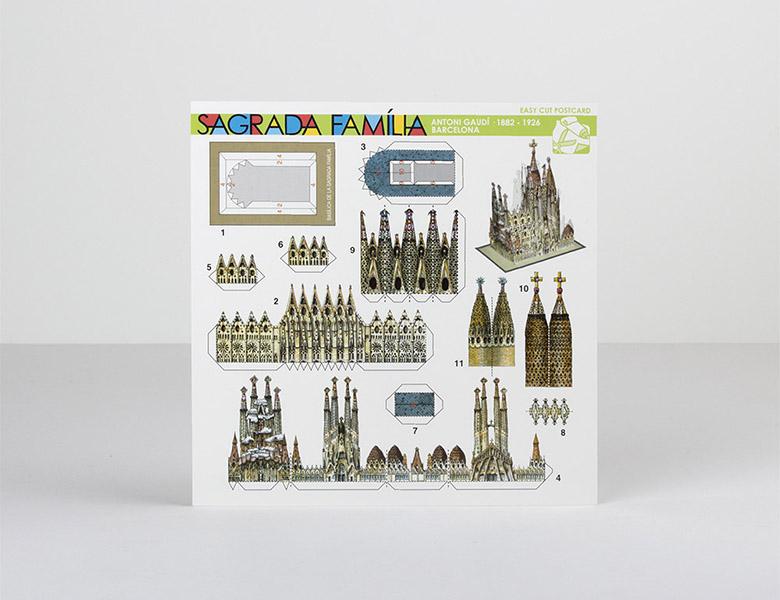 Carte postale à découper Sagrada Familia